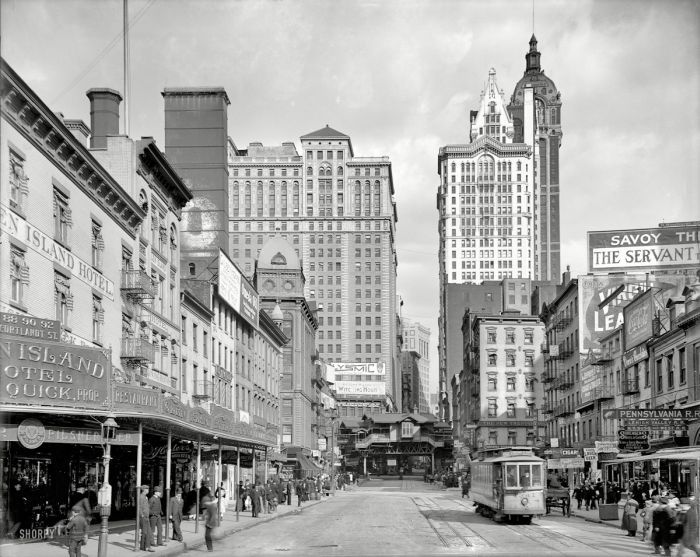 a look at the fabulous years in america1920 1930 What was christmas like in the twenties the thirties, forties or the fifties, even what traditions were introduced when and why.