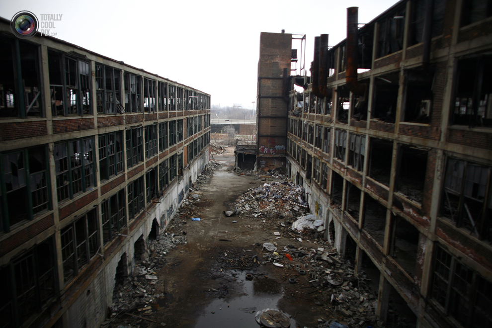 detroit building an economy on ruins The ruins of detroit up from the ashes two photographers on the weird and intimate beauty of rotting buildings prospero mar 3rd 2011 by gd   london yves.